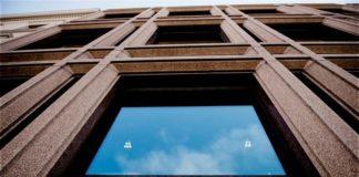 Commercial real estate finance