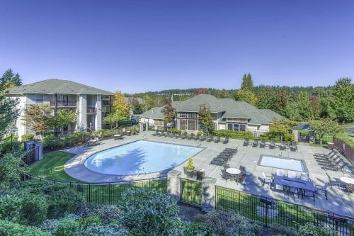 JLL Income Property Trust buys premier apartment community in Bothell, Seattle