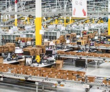 DekaBank provides financing for new Amazon logistics facility