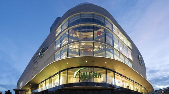 Commerz Real buys 20 percent stake in 10 Kaufhof stores