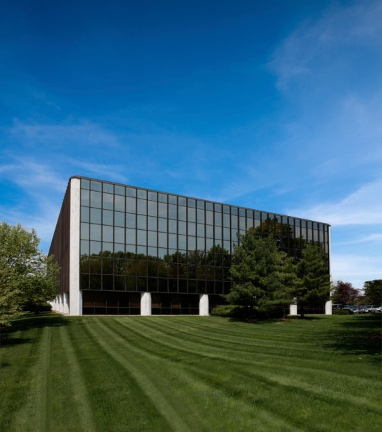 KBS signs lease extension with BNP Paribas for 53,186 square feet
