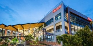 Lendlease to sell stake in Brisbane's Westfield Carindale shopping center
