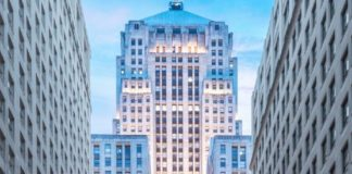 JLL arranges $256m refinancing for iconic Chicago office tower