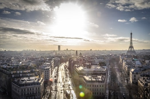 Aviva Investors acquires office building in Paris