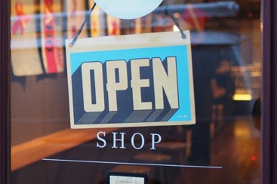 U.S retail industry associations unveil reopening plan