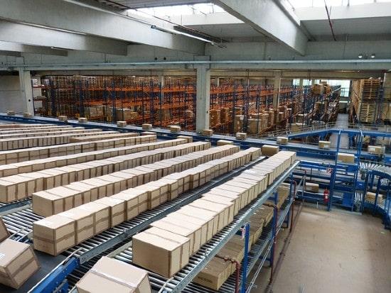 Aviva Investors acquires three logistics warehouses for £107m