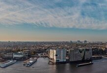 Deka Immobilien sells office building in Amsterdam to Aviva Investors