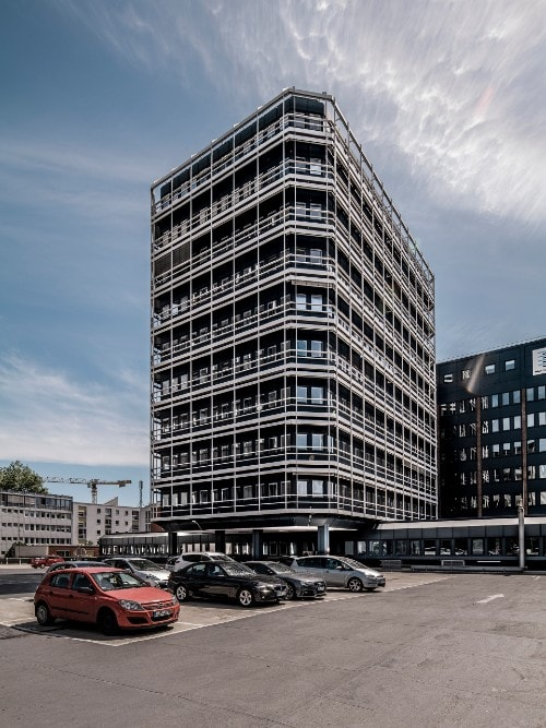 Aviva Investors buys office property in Hamburg