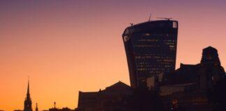 UK commercial property capital values decrease 0.9% in Q3