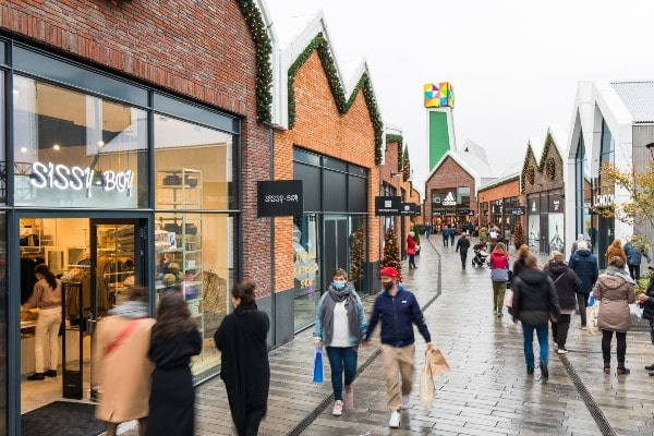 NEINVER, Nuveen Real Estate JV opens first outlet centre in Netherlands