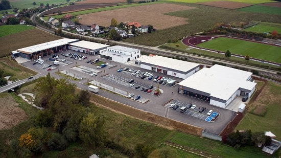 Warburg-HIH Invest buys retail warehouse park in Bavaria