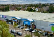 M7 assembles £300m UK retail warehouse portfolio