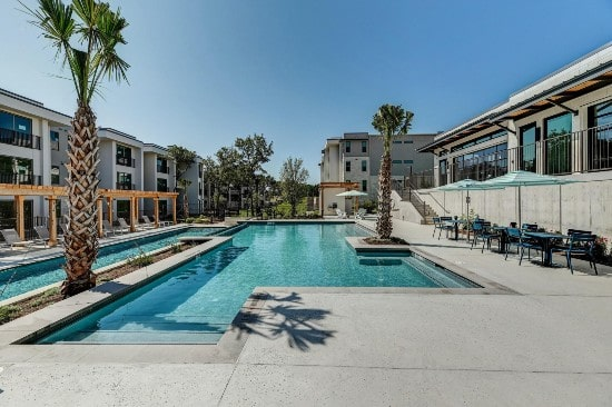 Stratus sells garden-style apartment project in Austin for $60m