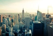 U.S commercial real estate investment volume increases in Q4 2020