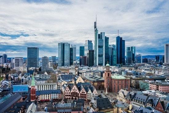 BentallGreenOak raises €869m for European lending fund