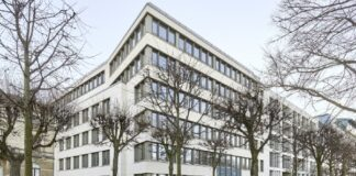 Macquarie, Mapfre buy prime office property in Hamburg