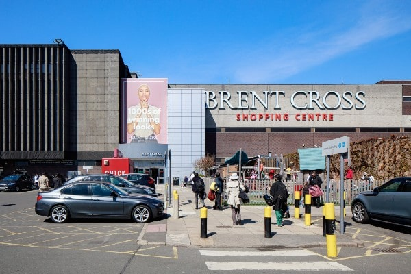Hammerson, Aberdeen Standard to install UK's largest EV charging facility at Brent Cross