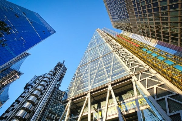 UK commercial property investment reaches £25.7bn in H1 2021