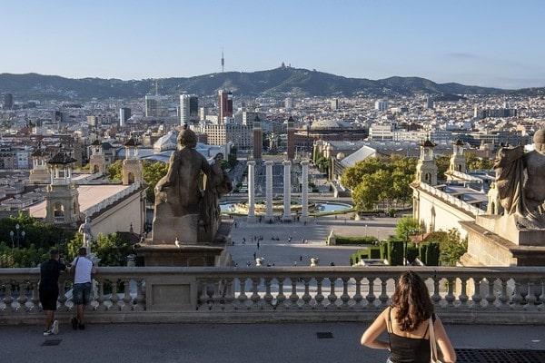 AXA IM Alts completes sale of five office buildings in Barcelona