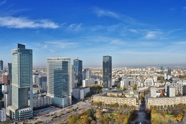 Deka buys office complex in Warsaw for €152m