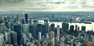 Paramount signs two leases at 1301 Avenue of the Americas