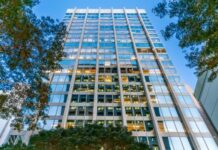 Cromwell pays A$185m for Brisbane office tower